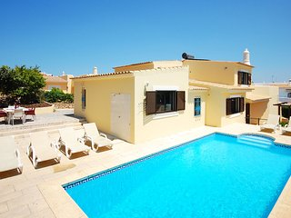 UP TO 6% OFF! Villa FILIPA w/ private pool, AC, WiFi, walking distance old town, Guia