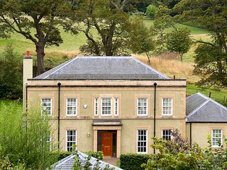 Holiday house near Kelso and golf