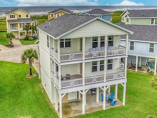 Sleeps 13!  4 Queen Beds+Q Sleeper - Pets Stay for Free, Galveston