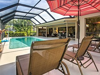 Bonita Springs Home w/Huge Lanai & Private Pool!