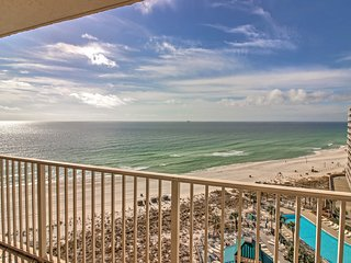Panama City Beach Oceanside Condo - Steps to Beach