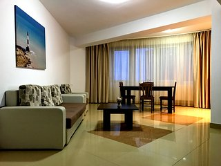 SUMMER CLUB APARTMENT in SummerLand Mamaia, with beautiful lake view