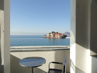 Amazing apartment on the sea foam, Sveti Stefan #BD