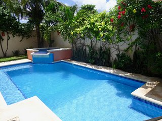 Private Rental Home 3 bedrooms, 3.5 baths, pool, waterfall hot tub, party deck, Cozumel