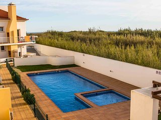 Apartments Baleal Sea and Pool view