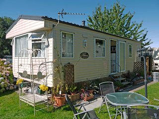 Caravan No 27 Combe Martin Beach Holiday Park