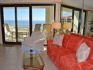 2 nt stays in June! Best views from 2 beachfront balconies~directly on beach