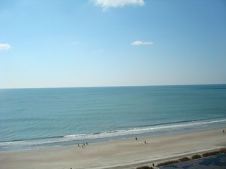 Crystal Sands 2 BR Beach Front!**SPECIAL Mar rates