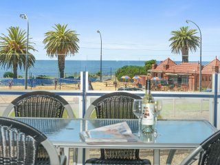 'The Frontage' - Victor Harbor Luxury