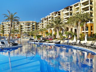 Bargain Ocean View Luxuary Junior Suite -Listed price $494, now only $305/night, Cabo San Lucas