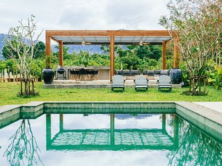 Khao Lak bright and airy 2 bedroom terrace house with shared garden and pool C13, Khuk Khak