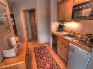 2920 Riverbank Lodge, Keystone