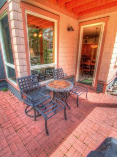 Private Patio - Enjoy the morning and a cup of coffee on your private patio.