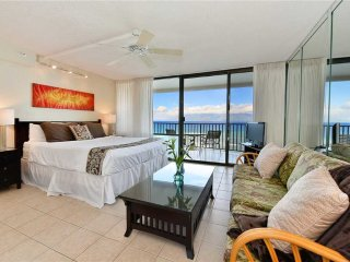 Direct Ocean Front Studio w/Best Price at Valley Isle Resort  #1206