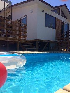 Casa con piscina para vacaciones