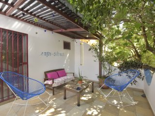 Ispira Quiet & Safe Central Apartment. Free Wi-Fi-AC-TV, Playa del Carmen