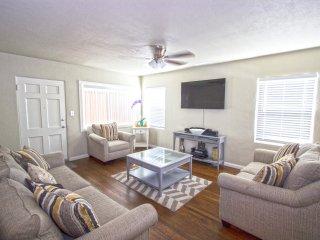 Large Family Friendly Home, Lemon Grove