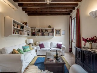 Apartment von Neumann - Two bedroom apartment, fully equipped, very bright and central, Venecia
