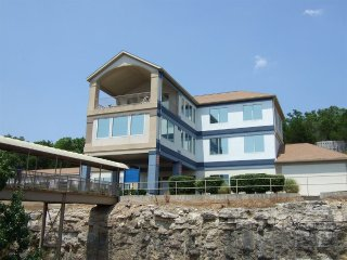 Westgate Branson Lakes Luxury, 2bdrm, sleeps 6, PET's OK! Aug.19-26,$399/Week!