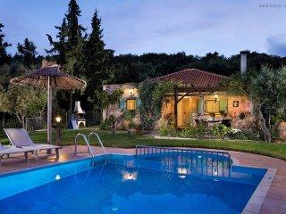 5 Guest Stone Villa in Chania