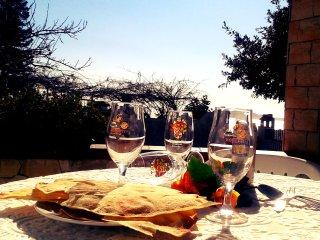 Semplicemente delizioso con bellissima vista sul mare , pochi minuti dal mare !, Santa Maria Navarrese