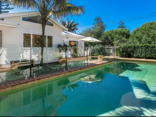 Sundays Beach House, Byron Bay
