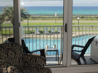 Aug 12-19 Special*Maravilla oceanview front unit 2213*2 Pools*Private Beach*WiFi