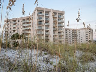 Spring Break - $1695/Week for 2 Bedroom Condo directly on the beach