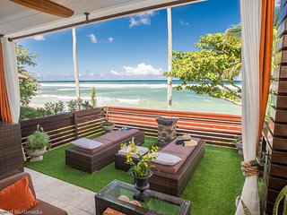NEW LISTING! Luxurious private Sandy BEACHFRONT, Haleiwa