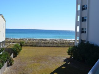 Apr-May Specials / Call Mgr/ Beautiful Beach, Tennis and MORE!