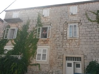 6 Bedroom Apartment  (12+1)  in Tisno TP73A1