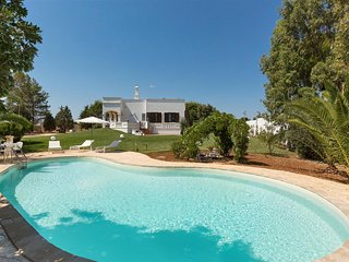 547 Villa with Private Pool in Montesano Leuca