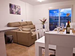 AL02 3 bed Duplex El Alamillo, Sea Views, Walking distance to beach & amenities