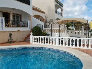 4 Bed Fantastic Apt, Private Pool Close to Golf, Beach and Entertainment