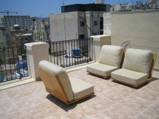 2 Bedroom Duplex Penthouse, Gzira
