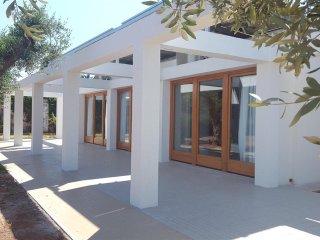731 Villa near the Beach of Baia Verde