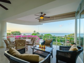 Large Beach Condo in Coronado, Playa Coronado