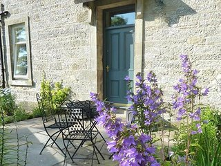 Ampherlaw Farmhouse Self Catering Cottage, Carnwath
