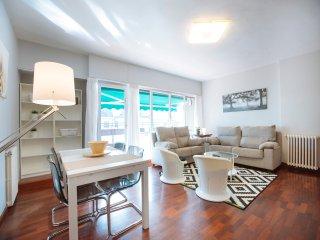 SUNSET apartment - PEOPLE RENTALS