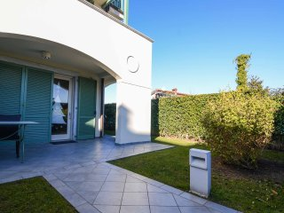 THREE ROOMS APARTMENT WITH PRIVATE GARDEN - Forte dei Marmi