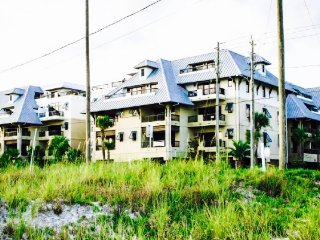 Gorgeous 3 BR/ 2 BA with beautiful ocean view- new to rental market!, Mexico Beach