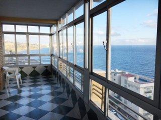 Apartamento junto a la playa con impresionantes vistas
