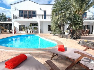 Beautiful Villa with Private Pool in Macher LVC263572