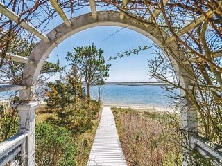 Private Beach on Bass River!!, South Yarmouth