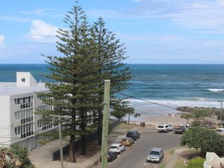 Linden Terrace Unit 8 Kings Beach QLD