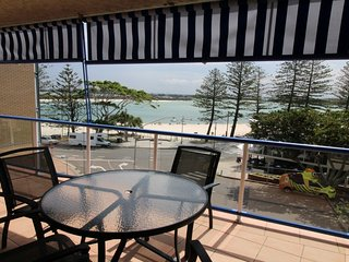 Boardwalk Apartments Unit 5 Bulcock Beach QLD, Caloundra