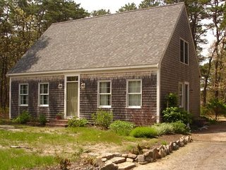 Pet Friendly, Great Neighborhood, Wellfleet