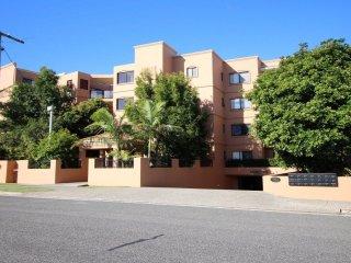 Atrium Apartments Unit 20  Golden Beach QLD