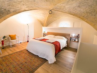 FLORENCE NEW apt in Medieval Tower
