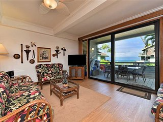 Nestled right on shore of the relaxed beachfront community Kahana Outrigger #1A2